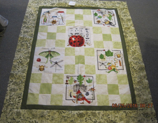 Bug panel quilt